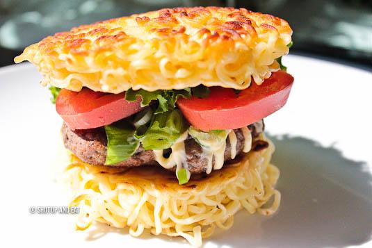 Montreal Ramen burger