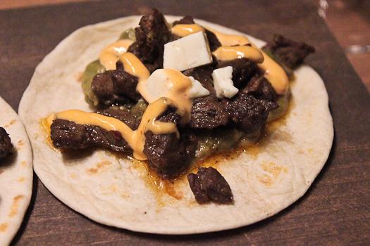 Guaca & mole tacos arrachera